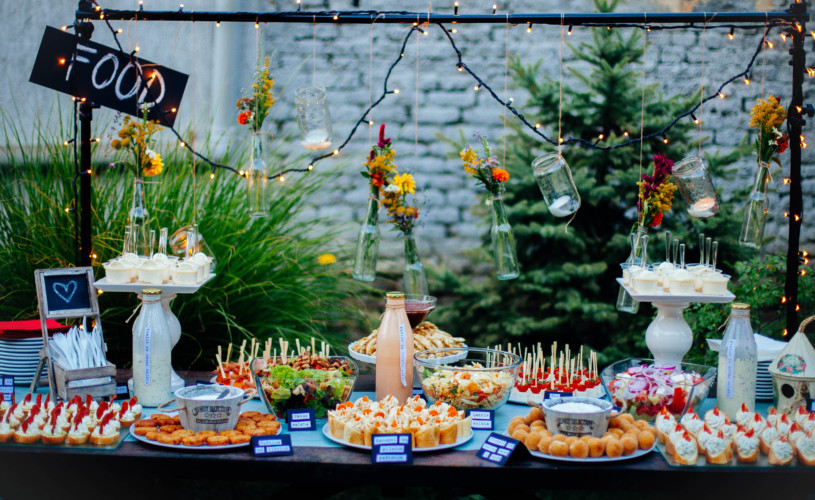 Catering service: 6 delicious points of any event
